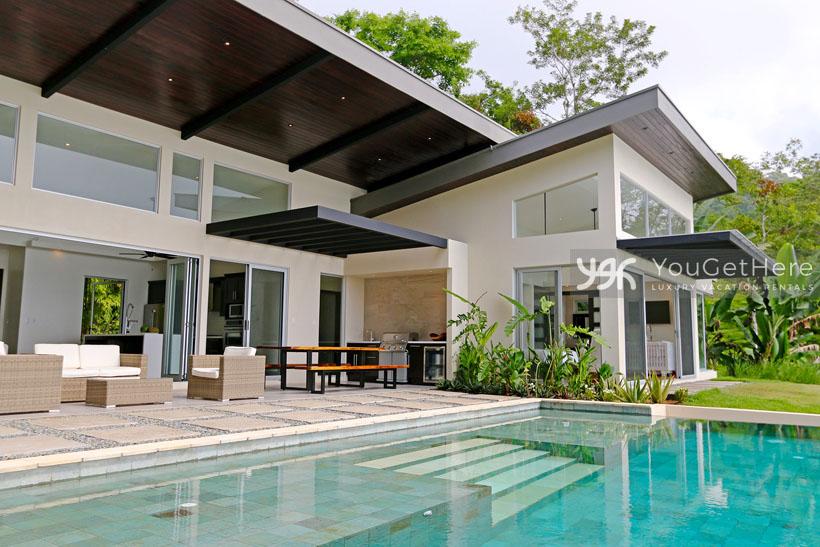 Holiday Rentals-Dominical-Costa Rica-VillaLuna