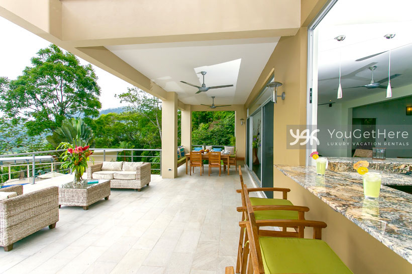 Luxury rental home dominical costa rica casa tangaroa for Luxury rentals in costa rica