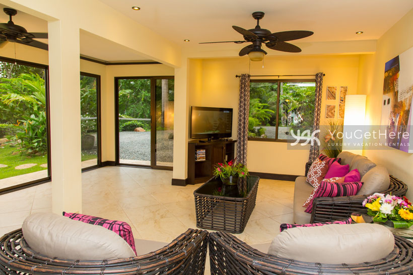 Vacation Home Rental Agency-Dominical-Costa Rica-CasaAltaVista