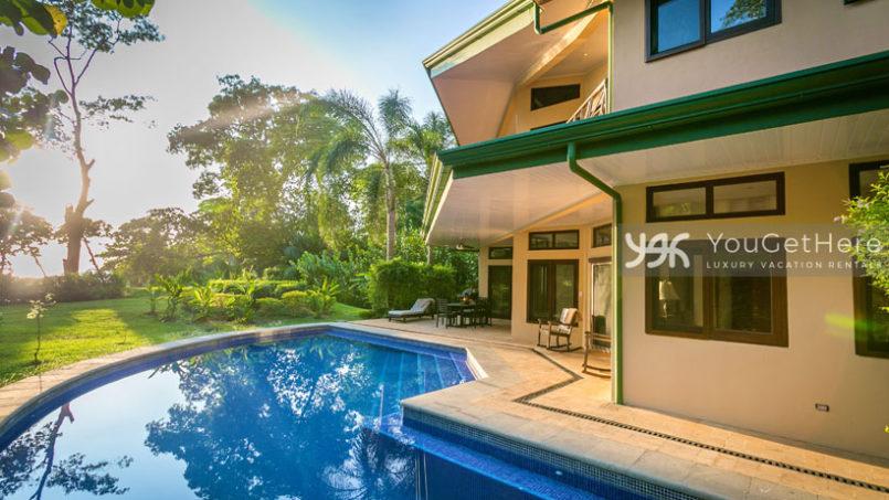 Luxury beachfront vacation home rentals in Costa Rica - Dominical - CaballitosdelMar2