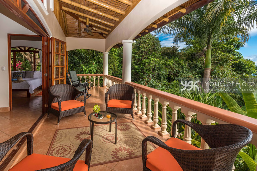 Beach House Rentals-Dominical-Costa Rica-San-Martin-Mirador-escaleras-outdoor