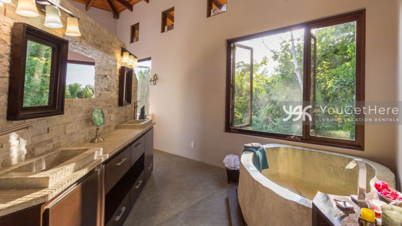 Costa-rica-luxury-villas-Jade-House-Dominical