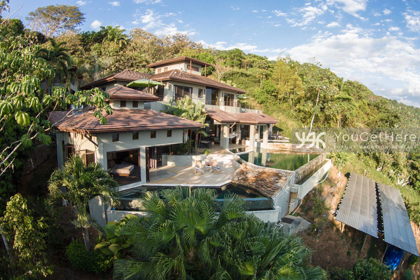 Luxury vacation villa in Costa Rica -Jade House Dominical