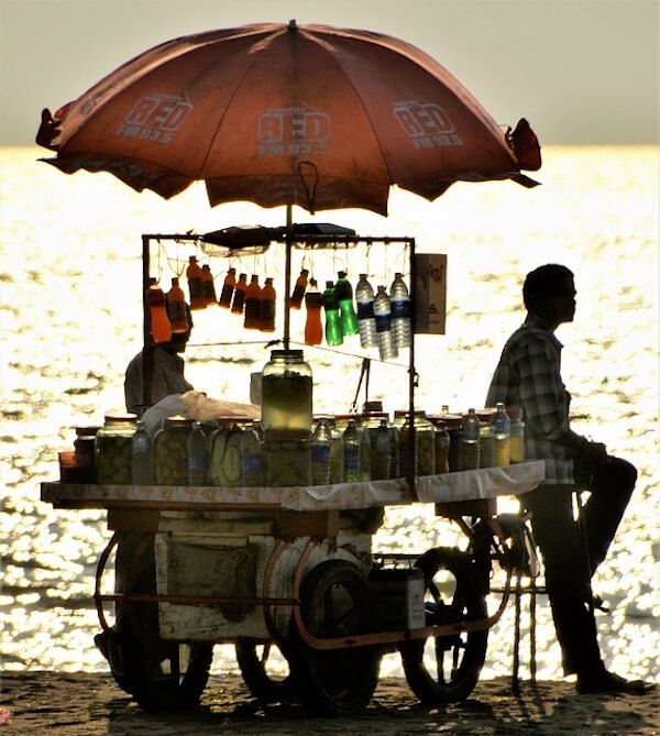 vendors-beach-sell